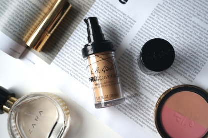 la-girl-pro-coverage-hd-long-wear-illuminating-foundation-fair-uk-review-1