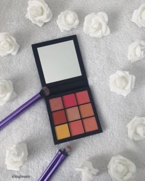 huda_beauty_new___coral_obsession_eyeshadow_palette_1525955933_c157778c